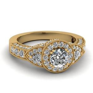 Halo Diamond Trillion Ring