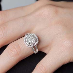 Cushion Cut Lab Diamond Rings