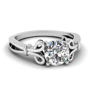 Bow Pattern Diamond Ring