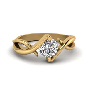 Beautiful Round Diamond Ring