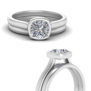 Bezel Set Solitaire Wedding Ring Set