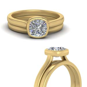 Cushion Cut Solitaire Wedding Ring Set