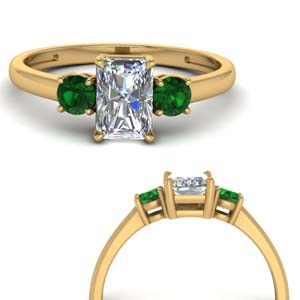 basket prong radiant diamond 3 stone engagement ring with emerald in FDENS3106RARGEMGRANGLE3 NL YG.jpg