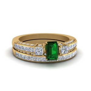 Emerald Bridal Set In Gold