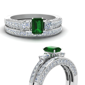 Emerald Three Stone Bridal Set