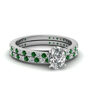 classic delicate oval shaped diamond wedding set with emerald in FDENS1425OVGEMGR NL WG
