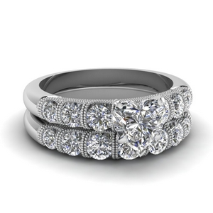 Milgrain Bar Diamond Wedding Set