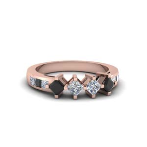 Kite Set Square Black Diamond Band