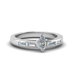 Classic Bar Diamond Ring