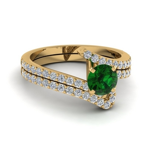 Emerald Crossover Ring Set