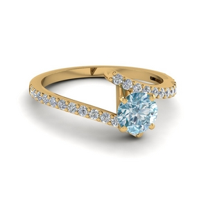 Beautiful Aquamarine Twist Ring