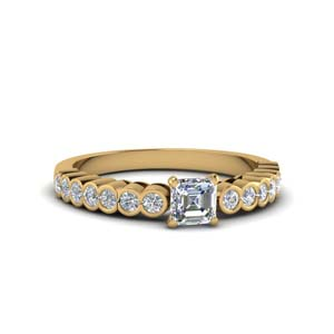 Beautiful Bezel Diamond Ring