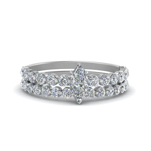 Shared Prong Engagement Ring Set