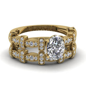 Milgrain Pave Oval Shaped Wedding Set
