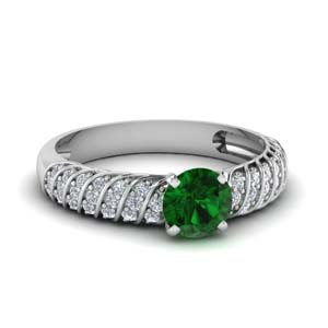 Twist Rope Ring With Emerald