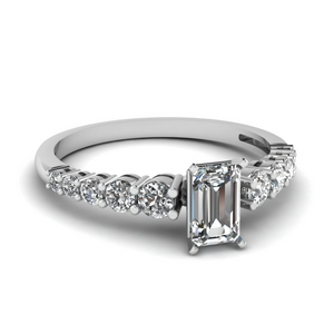 Graduated Flawless Diamond Ring 1.50 Carat