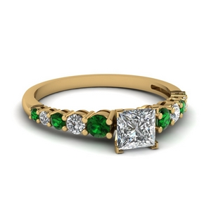 Emerald Classic Basket Ring
