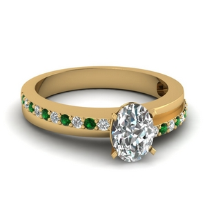 Classic Emerald Wedding Ring