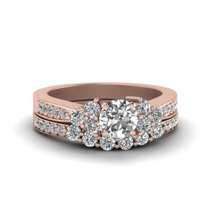 Round Diamond Accent Ring Set
