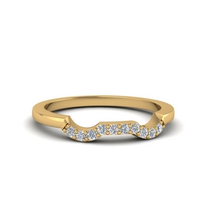 Prong Twist Diamond Band