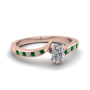 Twist Petite Emerald Ring
