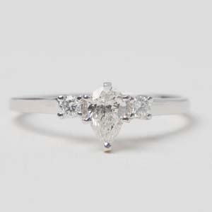 Basket Prong 3 Stone Ring