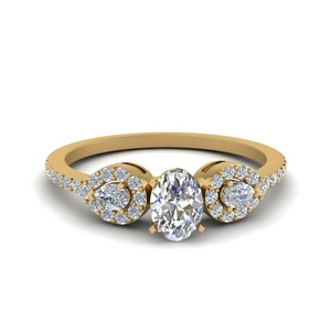 Delicate Oval Shaped 3 Stone Ring