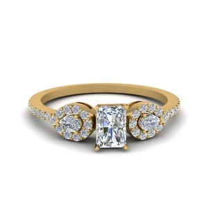 Yellow Gold Radiant Cut Ring