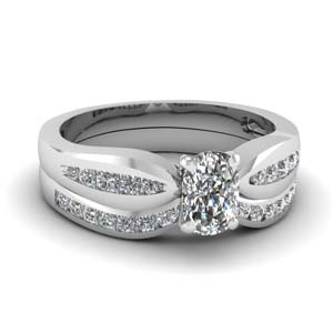 channel cushion diamond bow wedding set in FDENS3113CU NL WG