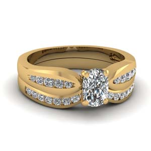 channel cushion diamond bow wedding set in FDENS3113CU NL YG
