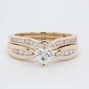 Bow Channel Diamond Wedding Set