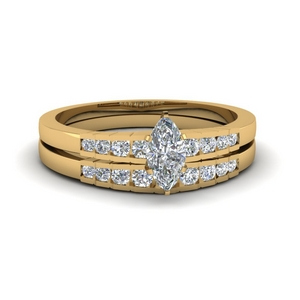 Diamond Graduated Accent Wedding Set