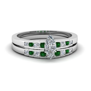 Graduated Accent Emerald Wedding Set