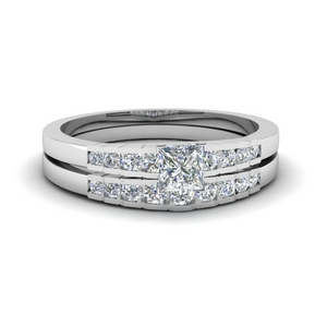 Graduated Accent Wedding Set