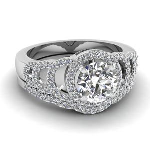 Platinum Round Diamond Ring Set