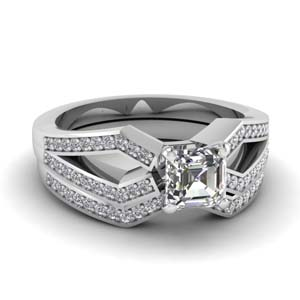 Pave Split Shank Wedding Set