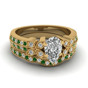 milgrain petal pear diamond wedding ring set with emerald in FDENS3308PEGEMGR NL YG