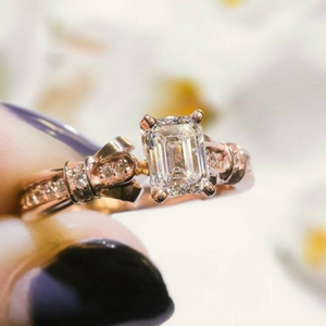 emerald cut antique high set diamond ring in FDENS3318EMRANGLE4 NL RG