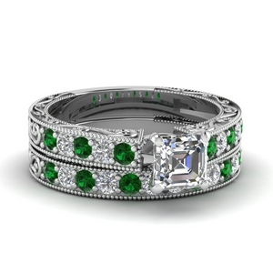 Vintage Looking Emerald Ring Set