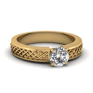 Criss Cross Gold Diamond Ring