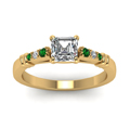 asscher-cut-diamond-duet-bar-side-stone-ring-with-green-emerald-in-18K-yellow-gold-FDENS363ASRGEMGRANGLE5-NL-YG
