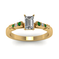 emerald-cut-diamond-duet-bar-side-stone-ring-with-green-emerald-in-18K-yellow-gold-FDENS363EMRGEMGRANGLE5-NL-YG
