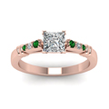 princess-cut-diamond-duet-bar-side-stone-ring-with-green-emerald-in-18K-rose-gold-FDENS363PRRGEMGRANGLE5-NL-RG