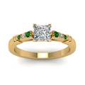 princess-cut-diamond-duet-bar-side-stone-ring-with-green-emerald-in-18K-yellow-gold-FDENS363PRRGEMGRANGLE5-NL-YG