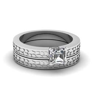 Carved Solitaire Moissanite Wedding Ring Set