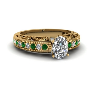Emerald Milgrain Design Ring