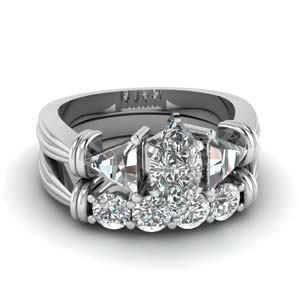 Marquise Shaped Diamond Ring Set