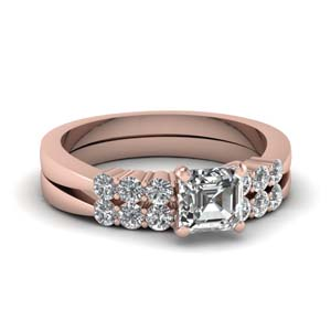 Delicate Diamond Wedding Ring Set