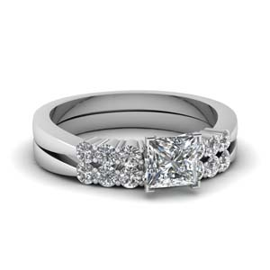 Tapered 7 Stone Wedding Ring Set