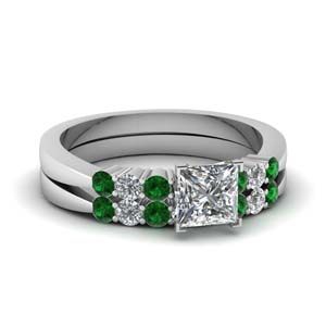 7 Stone Tapered Wedding Ring Set